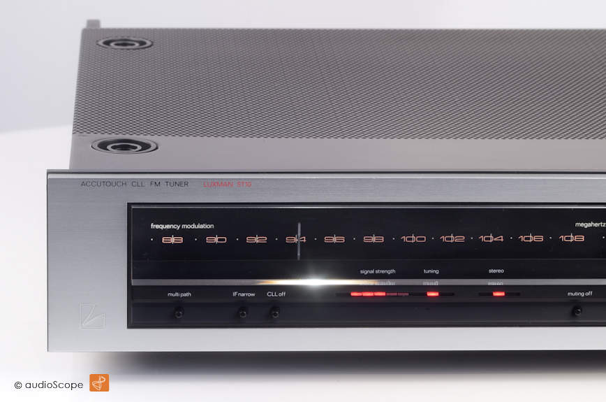 Luxman 5T10 Tuner Laboratory Reference Series, as new