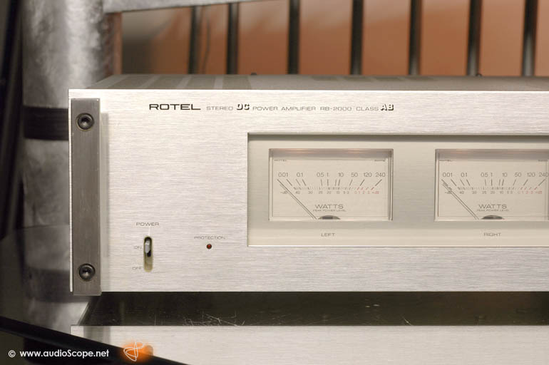 Rotel RB-2000 Power Amp