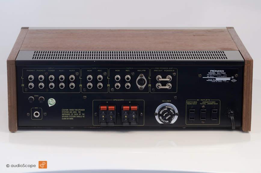 Pioneer SA-7100 Integrated Amp for sale.
